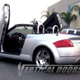 VDCAUDITT9906_audi-tt-vertical-lambo-doors-03